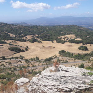 paesaggio pascoli e rocce vista da Guadagnolo